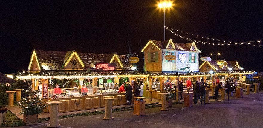 Rustikales Grand Tiroler Event Dorf