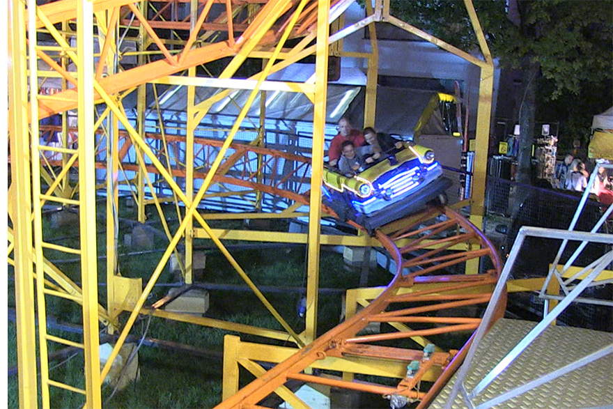 German Family Rollercoaster With Individual Cars Vorlop